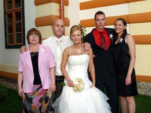 moja krstná mama s rodinou