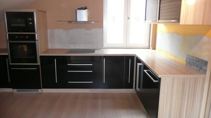 Posledné kuchyne v čiernom šate - Obrázok č. 4