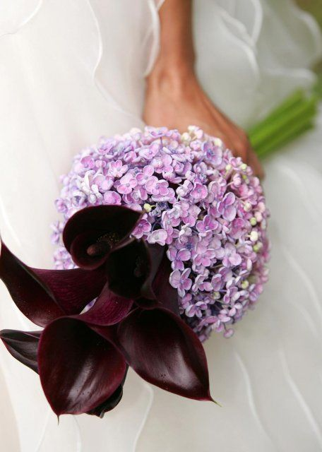 Fotky svatebních účesů a kytek pro inspiraci budoucím nevěstám - originální kytice