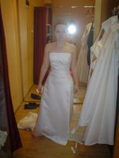 Salon Potěšení 79 - šaty č. 2 (ty určitě ne, nesedly mi)