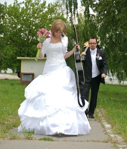 15.5.2010 Sonki&Mirko - Presne takto budem oblečená, aj bolerko je toto