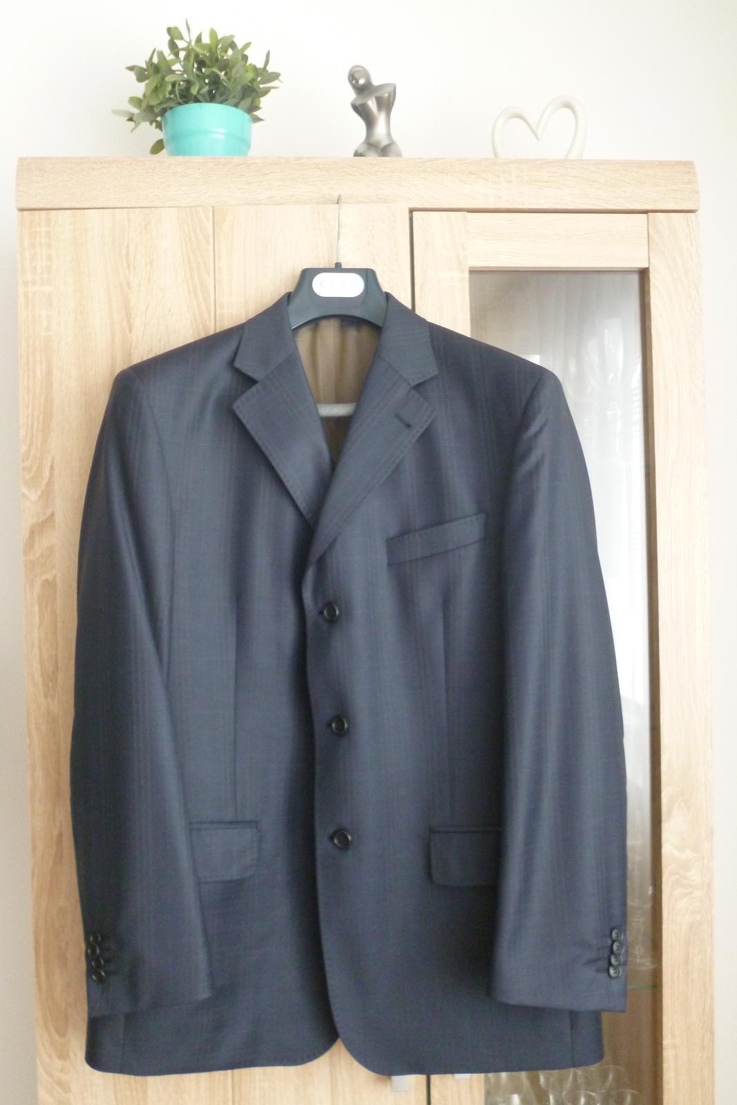 Ozeta oblek s jemným vzorom - Obrázok č. 1