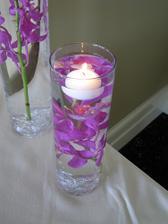 určitě budou, už mám vázy i svíčky, jen zvolit vhodné květiny