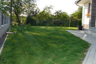 náš trávnik
