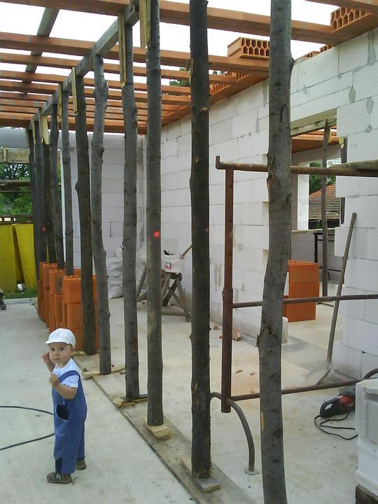 Náš budúci domček - bungalow 5 - a začalo sa so stropom