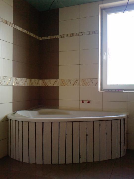 Náš budúci domček - bungalow 5 - na vaňu pôjde mozaiky