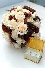 a pekná čokoládová kytička