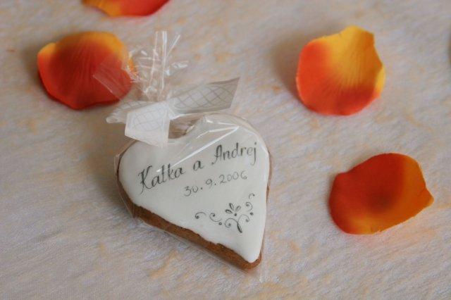 12. oktober 2007 - taketo darceky chceme pre hosti, tento konkretne je od Andyda, je nadherny, musela som skopcit ;o)