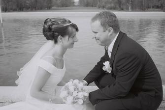 Novomanželé Spěšní