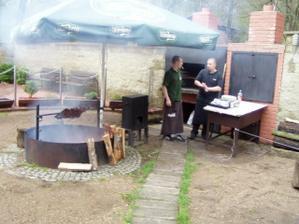 maso z grilu bylo vynikající