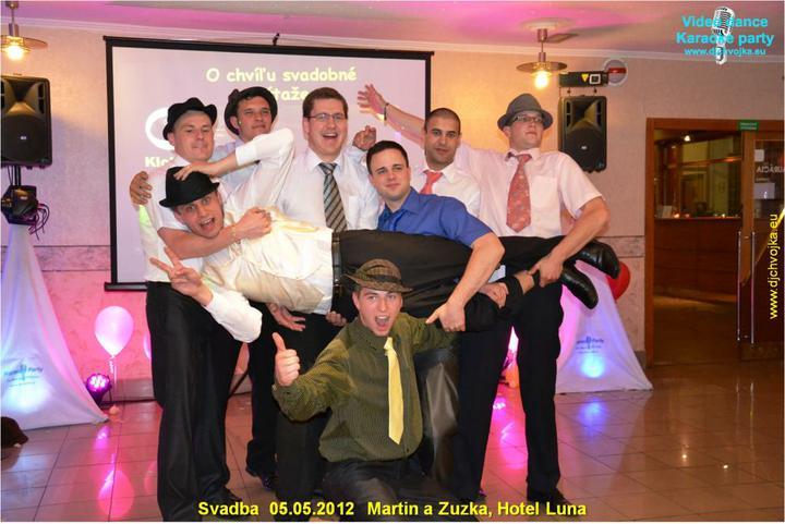 Zuzka {{_AND_}}Maťko - účastníci klobúkového tanca :)