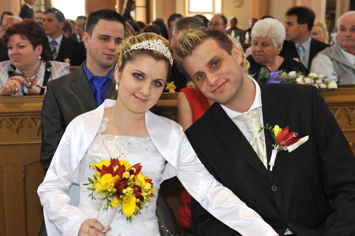 Zuzka {{_AND_}}Maťko - a už sme manželia :)