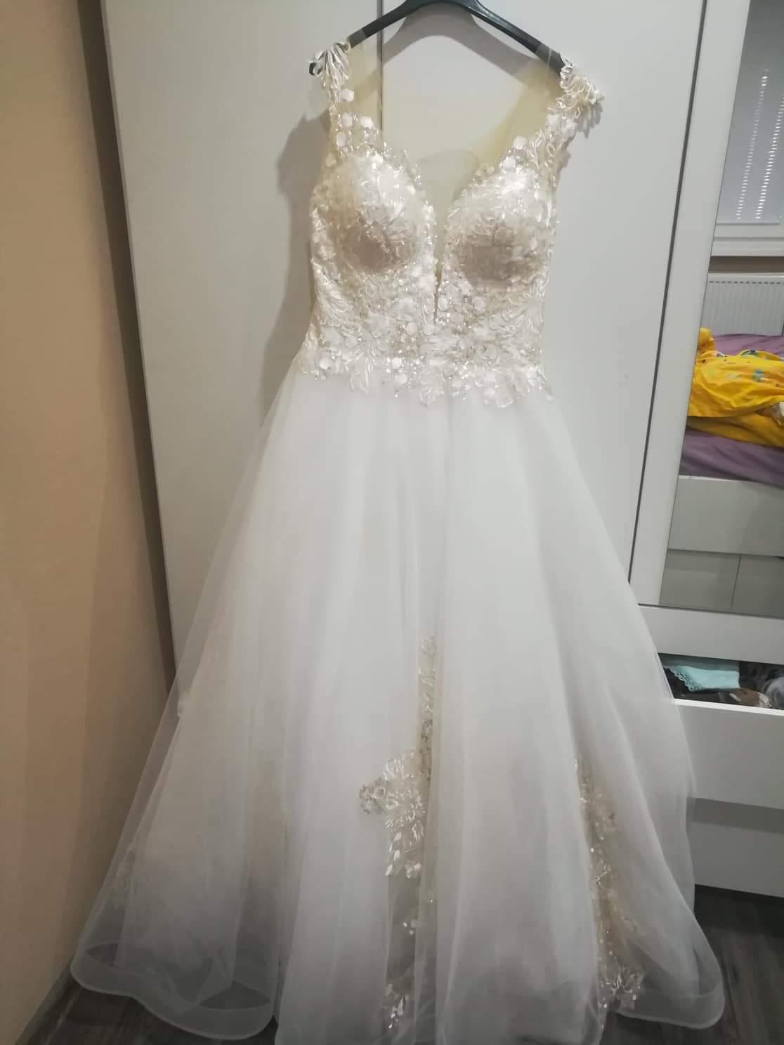 Svadobné šaty AMADEA - Obrázok č. 2