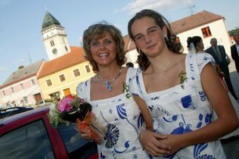 mamka a sestřička