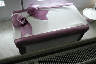 zkoušela jsem si sama vyrobit krabičku na přání