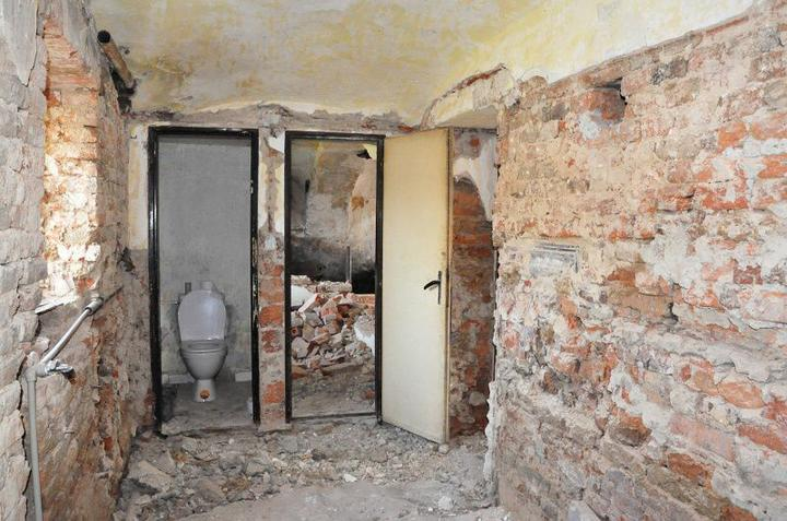 Rekonstrukce 300 let starého domu - Koupelna.