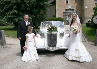 se svatebním vozítkem