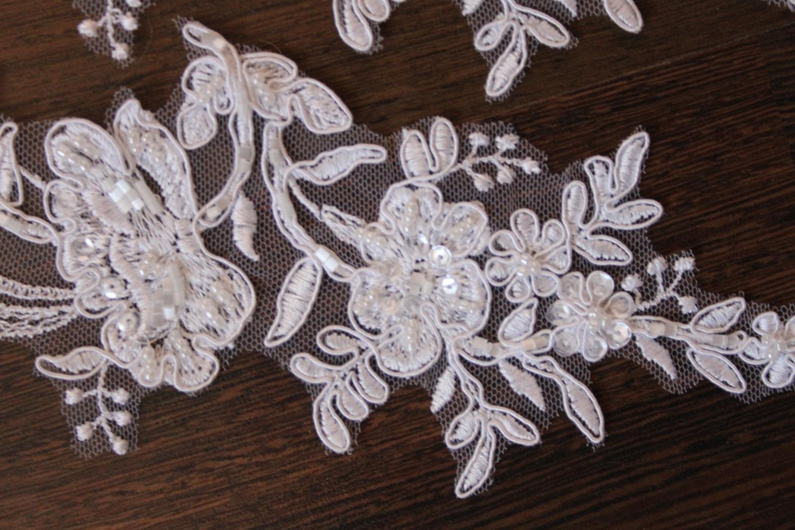 3 D Látky, aplikácie na svadobné šaty prípadne na iné dozdobenie - Obrázok č. 16