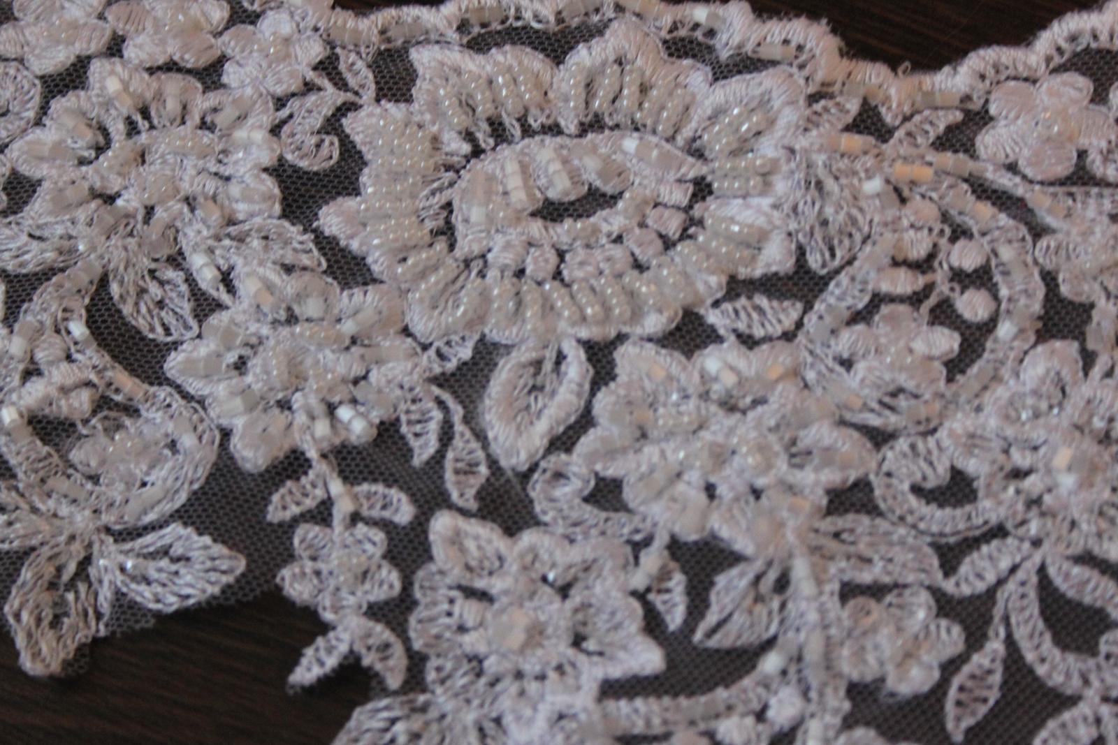 3 D Látky, aplikácie na svadobné šaty prípadne na iné dozdobenie - Obrázok č. 18