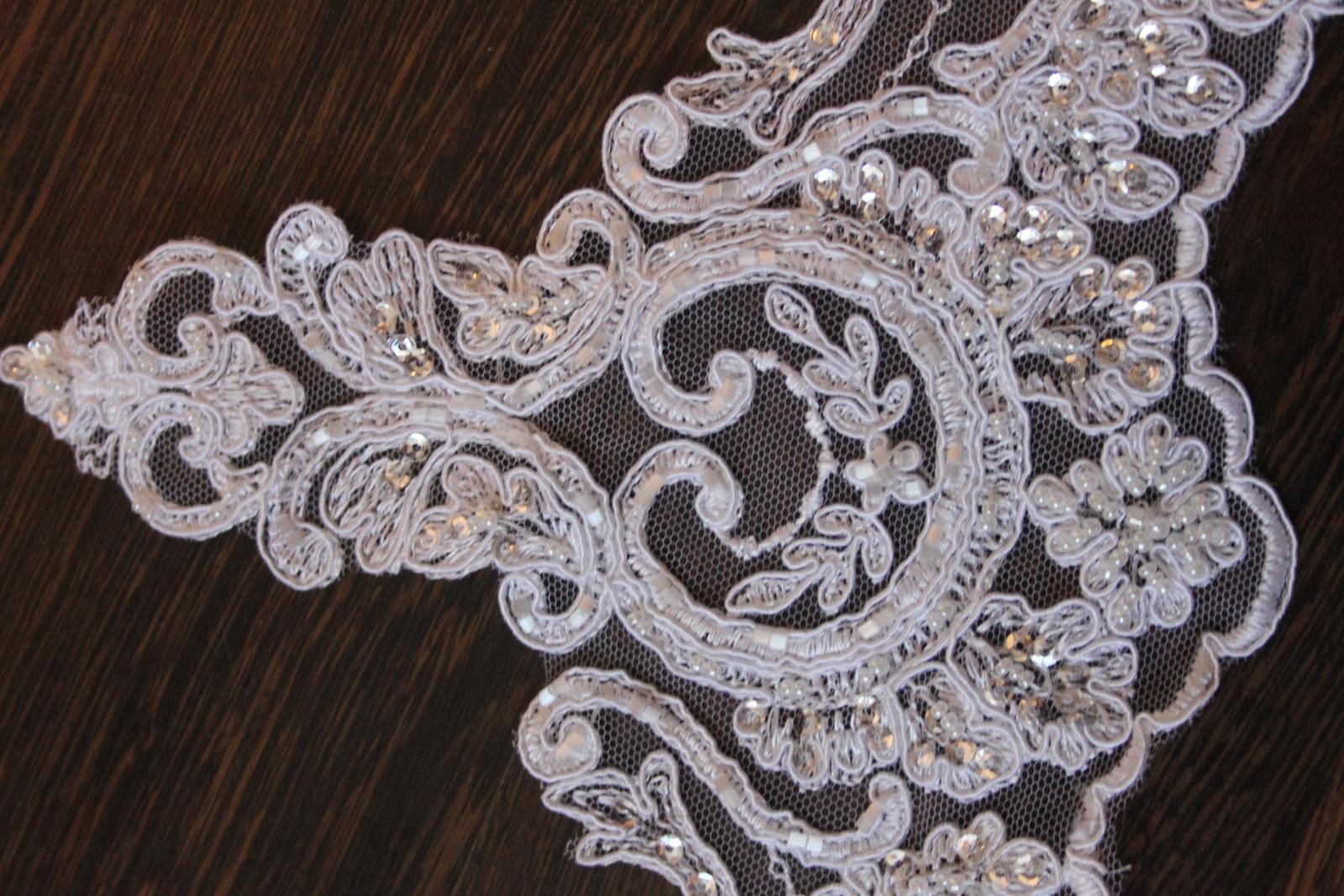 3 D Látky, aplikácie na svadobné šaty prípadne na iné dozdobenie - Obrázok č. 31