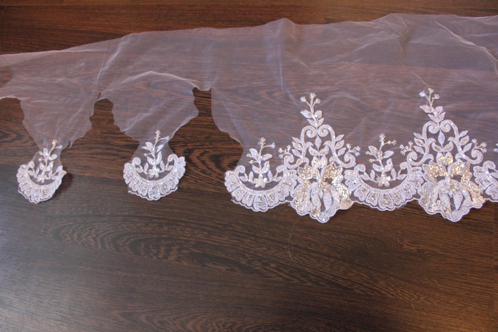 3 D Látky, aplikácie na svadobné šaty prípadne na iné dozdobenie - Obrázok č. 32