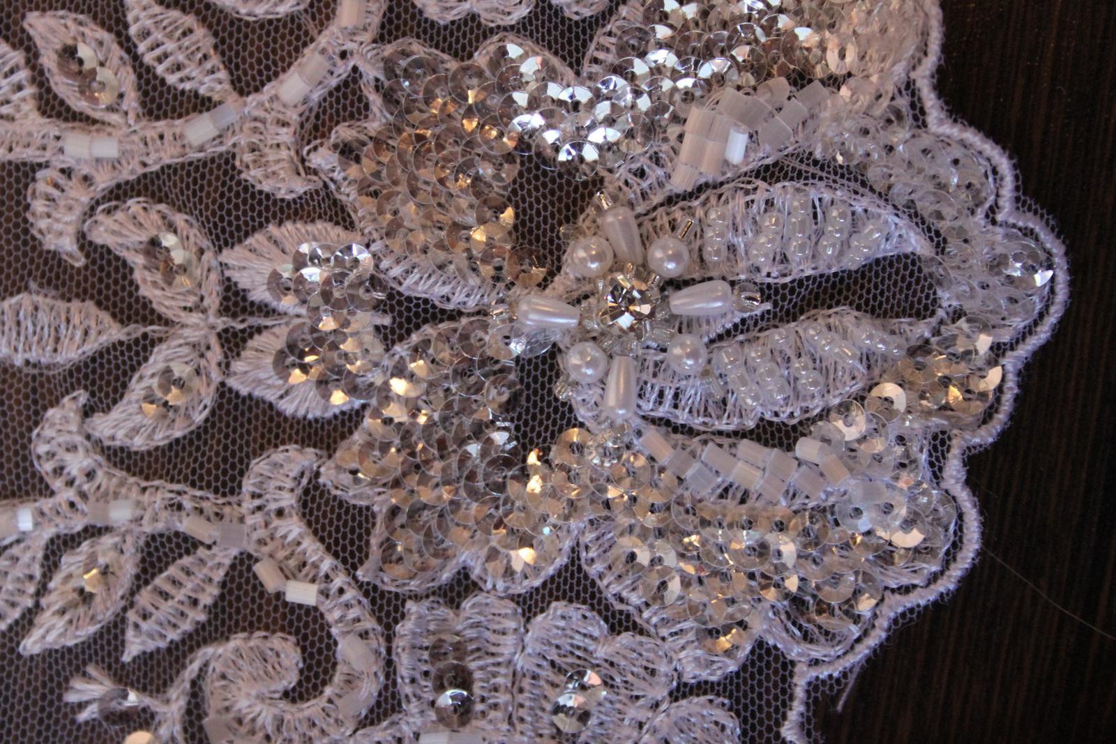 3 D Látky, aplikácie na svadobné šaty prípadne na iné dozdobenie - Obrázok č. 34
