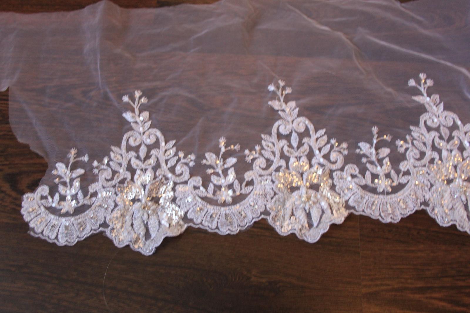3 D Látky, aplikácie na svadobné šaty prípadne na iné dozdobenie - Obrázok č. 35