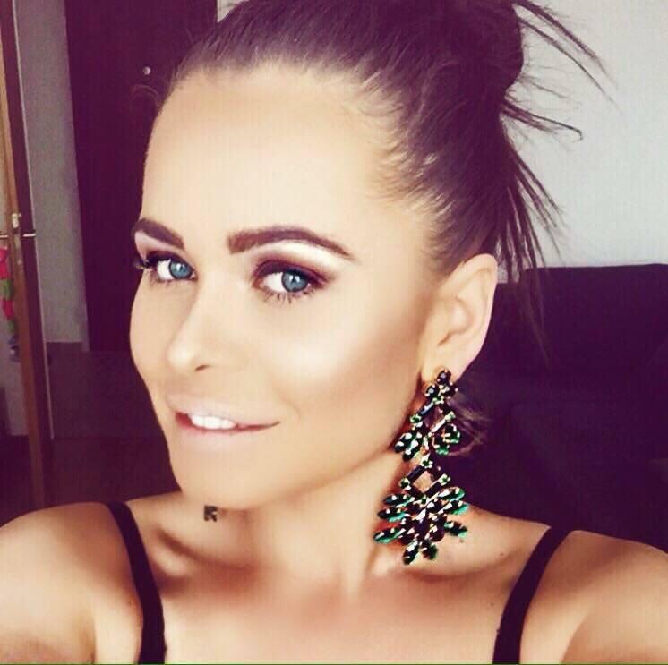 Konečný zoznam krásnych žien, (modeliek Natasha Azariy), ktoré budú prezentovať na módnej show, novú kolekciu šiat Natasha Azariy v Incheba expo Bratislava - Obrázok č. 11