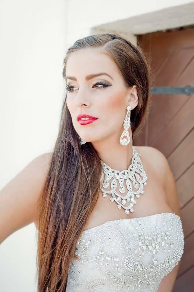 Konečný zoznam krásnych žien, (modeliek Natasha Azariy), ktoré budú prezentovať na módnej show, novú kolekciu šiat Natasha Azariy v Incheba expo Bratislava - Obrázok č. 15