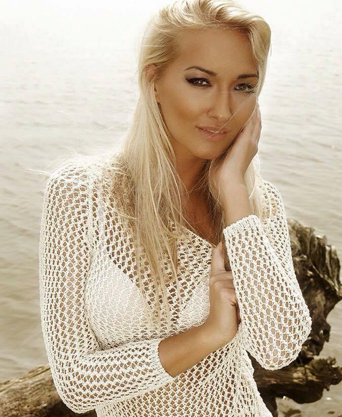 Konečný zoznam krásnych žien, (modeliek Natasha Azariy), ktoré budú prezentovať na módnej show, novú kolekciu šiat Natasha Azariy v Incheba expo Bratislava - Obrázok č. 17