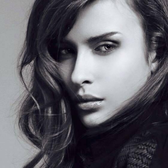 Konečný zoznam krásnych žien, (modeliek Natasha Azariy), ktoré budú prezentovať na módnej show, novú kolekciu šiat Natasha Azariy v Incheba expo Bratislava - Obrázok č. 18