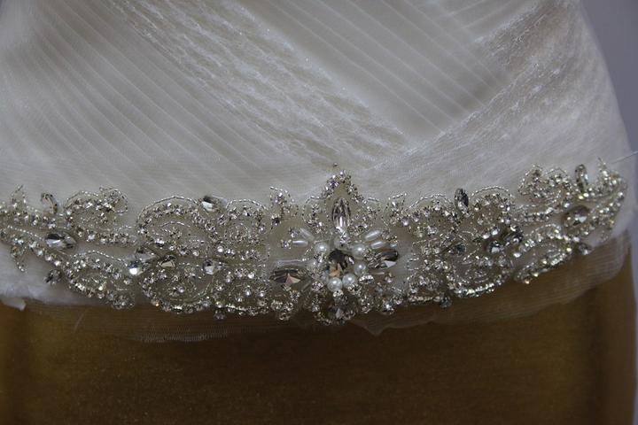 Aplikácia na svadobné šaty - Obrázok č. 4