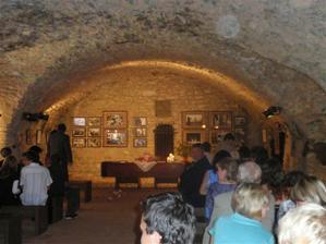 obřad se konal v bývalé konírně na hradě Rabí, pro nás bylo toto místo jednoznačnou volbou...