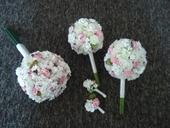 Svatební papírová kytice vc. korsaze a 2 kyticek,
