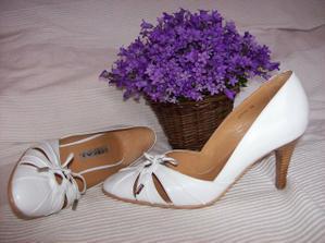 moje topánočky - dúfam, že v nich vydržím :-)