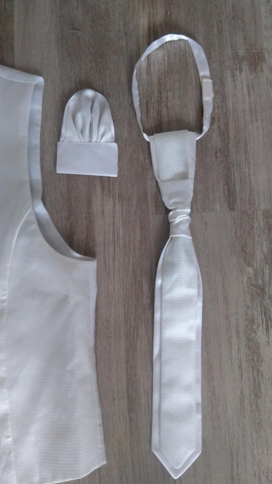 Vesta a kravata - Obrázok č. 2