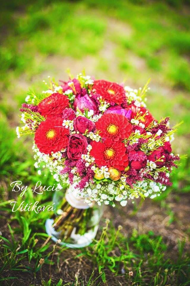 Červená svatební kytice - Obrázek č. 3