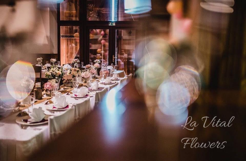 Svatba La Vital Flowers Martin a Zuzka Fara Dubenec - Obrázek č. 4