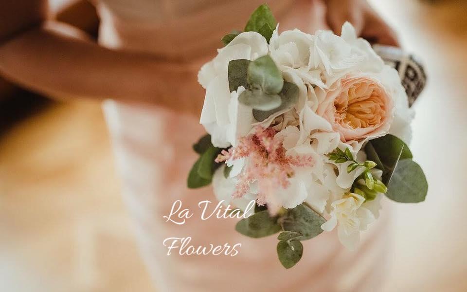 Svatba La Vital Flowers Martin a Zuzka Fara Dubenec - Obrázek č. 7