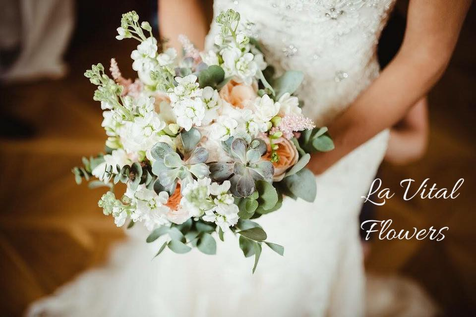 Svatba La Vital Flowers Martin a Zuzka Fara Dubenec - Obrázek č. 10