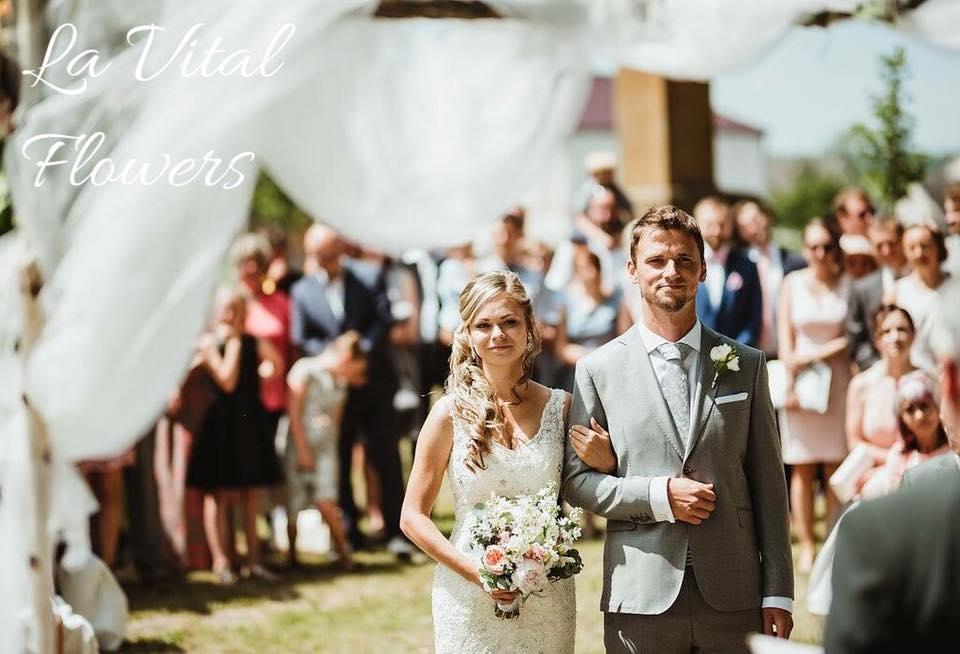 Svatba La Vital Flowers Martin a Zuzka Fara Dubenec - Obrázek č. 11