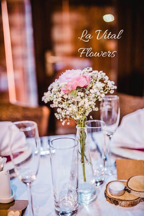 Svatba La Vital Flowers Martin a Zuzka Fara Dubenec - Obrázek č. 15