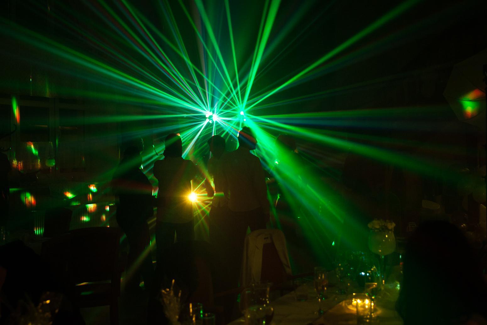 """...""""svatba"""" se rovná """"pořádná párty pro všechny"""" - Obrázek č. 1"""