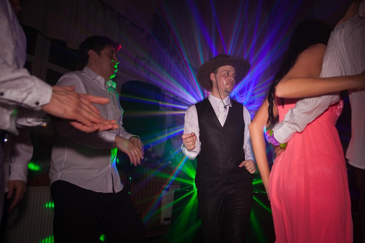 """...""""svatba"""" se rovná """"pořádná párty pro všechny"""" - Obrázek č. 3"""