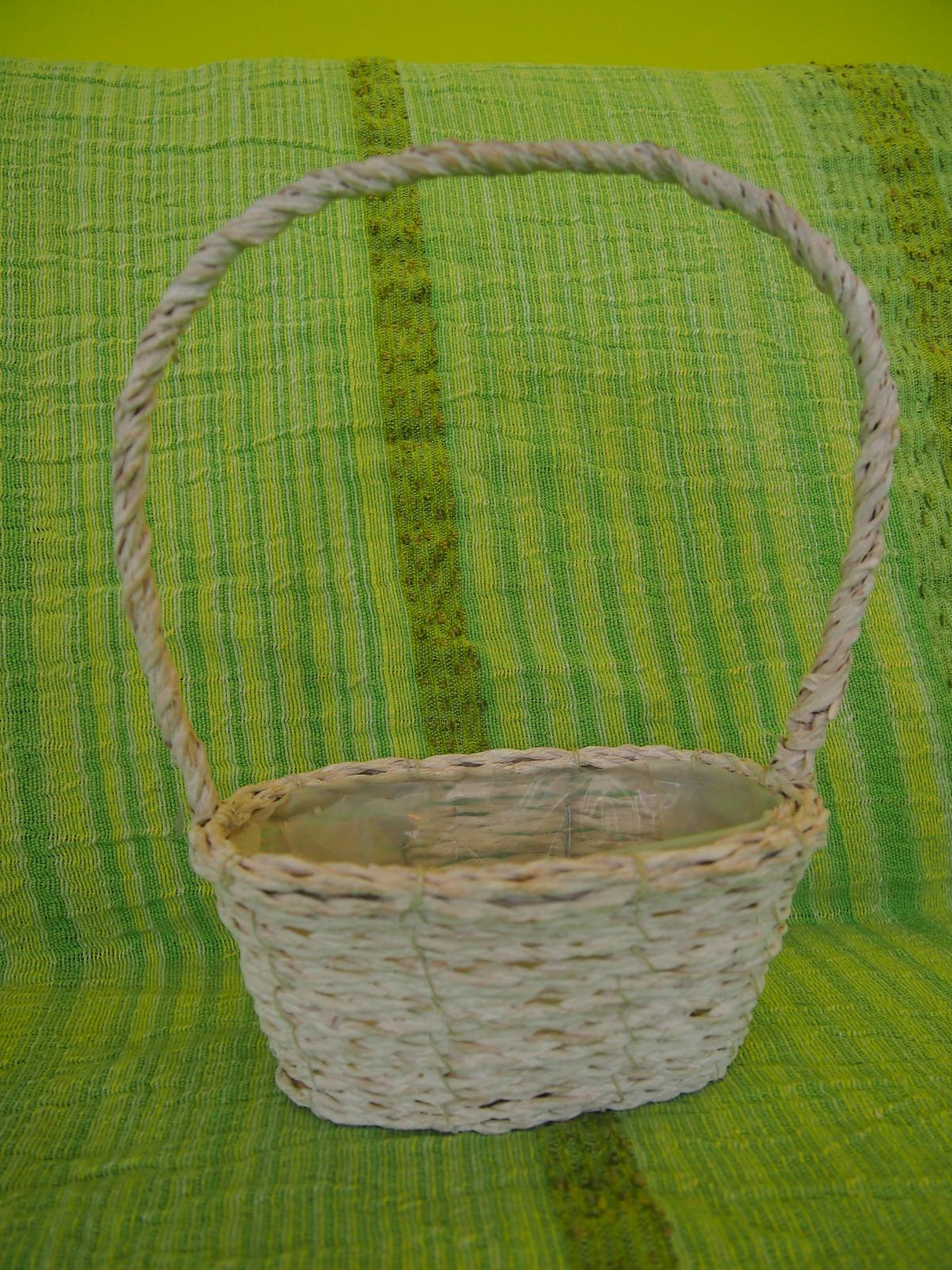 Proutěný dekorativní košík - Obrázek č. 1