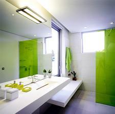 do hornej kúpelne určite niečo bielo-jablčkovo zelené...
