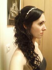 Mám tu sice fotku různě dlouhých vlasů, ale sama mám vlasy o kousek delší než po ramena :) Jsem zvědavá kolik to ještě poroste :D