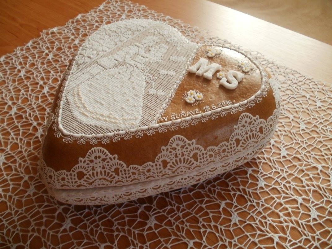 M{{_AND_}}S - svadobny dar od tety