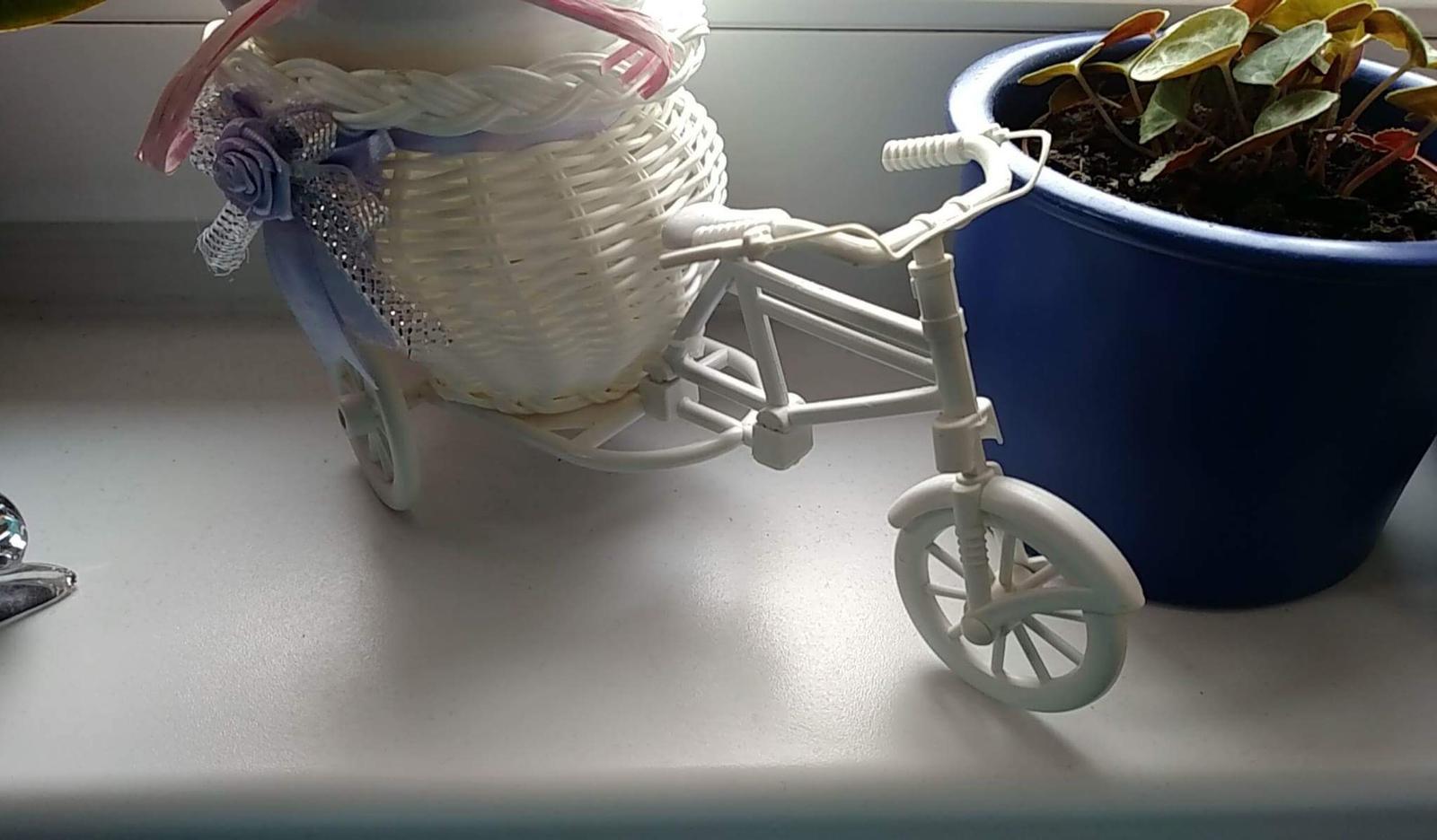 Stojan na kvety, vazu, sviecku, bicykel, trojkolka - Obrázok č. 2