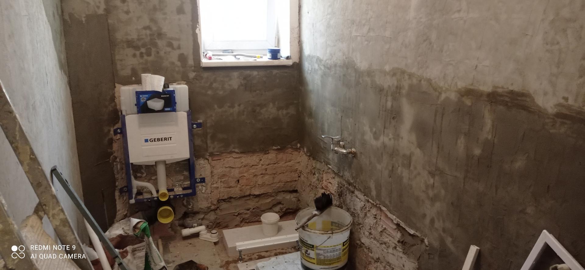 koupelna v bytě 1+1 - Obrázek č. 3